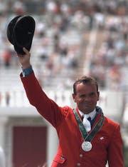 Willi Melliger gewinnt am olympischen Springreiten am Sonntag in Atlanta die Silbermedaille auf Calvaro. (Bild: Christoph Ruckstuhl / Keystone (Atlanta, 4. August 1996))