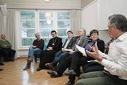 Therese Rotzer leitete als Co-Präsidentin der Alzheimervereinigung eine prominent besetzte Runde zum Thema. (Bild: Marion Wannemacher (Neue Obwaldner Zeitung))