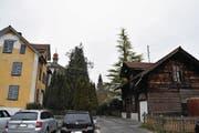 Das Dillier-Haus (links) und die alte Kupferschmiede. (Bild: Philipp Unterschütz (Sarnen, 7. Februar 2018))