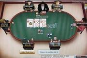 Screenshot von einem Onlinepokerturnier. Solche Onlinespiele wollen bald auch Schweizer Casinos im Netz anbieten. (Bild: www.alamy.com)