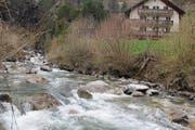 Wer das Wasser des Alpbachs nutzen kann, muss sich noch in diesem Jahr entscheiden. (Bild: Paul Gwerder (Erstfeld, 21. März 2017))