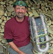 Der Bristner Bernhard Jauch eroberte Rang 3 bei den Senioren und erreichte damit den 100. Kopfkranz im Handholzen. (Bild: PD)