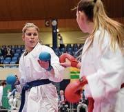 Kämpft sich fast mühelos zu Siegen: Fabienne Kaufmann (links) glänzt mit ihrer Stilsicherheit. Bild: PD (Sursee, 12. März 2017)