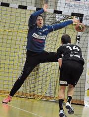 Altdorf-Goalie Christian Amrein hat seine Krankheit überwunden. (Bild: Urs Hanhart (Altdorf, 18. Oktober 2017))