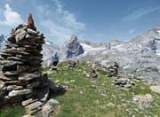 Steinmanndli auf 2255 Metern über Meer beim Hüfifeld und neben dem Hüfifirn. (Bild: Markus Fehlmann (Bristen, 19. Juli 2017))