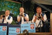 Die Blaskapellen-Solisten Pius Baumgartner und Tobias Käslin. (Bild: Rosmarie Berlinger (Klewenalp, 13. Juli 2017))