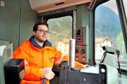 Andreas Infanger (27) erlebt als Lokführer die Natur auf eine Art und Weise, wie es nur wenige können. (Bild Anian Heierli)
