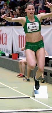 Bei den Aktiven gewann Alina Tobler mit ihrem Junioren-Rekord die Silbermedaille. (Bild: Martin Steger)