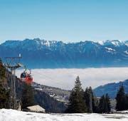 Nur ein Wolkenmeer trennt die Österreicher Berge vom Toggenburg