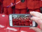 Die nordkoreanischen Cheerleader waren auch bei den Skirennen im Publikum dabei. (Bild: PD)
