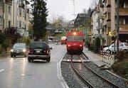 Verkehr im Quartier ist schon lange ein Problem für die Riethüsler. (Archivbild: Ralph Ribi)