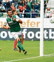 Albian Ajeti trifft nach seinen ersten 17 Minuten in dieser Saison zum 2:0. (Bild: Marc Schumacher/Freshfocus)