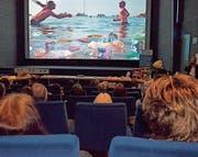 Die Plastik-Filmwochenschau im Kino Passerelle interessierte viele Besucherinnen und Besucher. (Bild: PD)