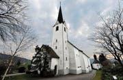 Die evangelische Kirche Wittenbach machte es vor, die katholische zieht nach: Die Glocken schweigen in der Nacht. (Bild: Urs Bucher)
