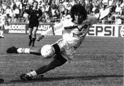 Der Chilene Ivan Zamorano war vor 25 Jahren die Attraktion beim FC St.Gallen. Später wurde der torgefährliche Angreifer bei Real Madrid zum Weltstar. (Bild: Archiv/St.Galler Tagblatt)