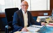 Schulpräsident und Gemeinderat Hugo Fehr geht nächsten Sommer in Pension. (Bild: gk)
