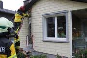 Die Feuerwehr brachte den Mottbrand rasch unter Kontrolle. (Bild: Kapo AI)