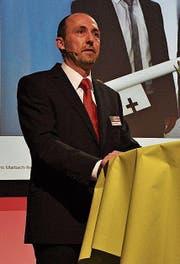 Applaus für Linus Spirig: Die Genossenschafter dankten dem langjährigen Bankleiter. (Bilder: Seraina Hess)