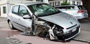 Das Auto nach dem Zusammenprall. (Bild: Kapo SG)