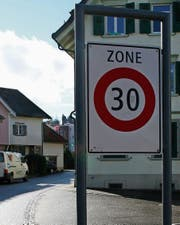 In Flawil werden zwei neue Tempo-30-Zonen erstellt. (Bild: PD)