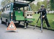 Josef Eberhard steht als St. Galler Stadtpolizist 1983 hinter der Kamera. (Bild: pd)