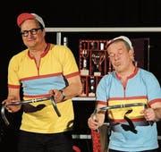 Treibens spassig auf der Bühne: Andreas «Resli» Burri und Pascal Dussex. (Bild: Michael Hug)