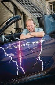 Christian Zeuch ist einen Tag pro Woche als Blitzschutzaufseher unterwegs. (Bild: Ralph Ribi)