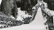Das Internationale Skispringen auf der Säntisschanze in Unterwasser zog nicht nur die Skisprung-Weltelite, sondern auch Tausende Zuschauer an. (Bilder: pd)