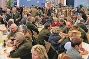 Gemütliches Jägerfest am Altstätter Pelzfellmarkt. (Bild: Max Pflüger)