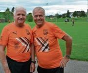 Unermüdliche Schiedsrichter: Heinz Müller (links) und Gojko Lazendic. (Bild: Beat Lanzendorfer)