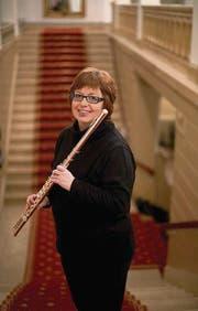 Die Flötistin Béatrice Rogger in der Tonhalle St. Gallen. (Bild: Ralph Ribi)