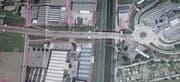 Die Baulinie des Bundes (rot) reicht auf der Zollstrasse vom Zollkreisel bis zur Liegenschaft der St. Galler Kantonalbank. (Bild: pd)