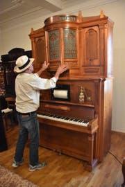 Fredy K. lebte für Musikautomaten wie dieses Orchestrion aus den 1920er-Jahren, sein Lieblingsstück. (Bild: Anina Rütsche)