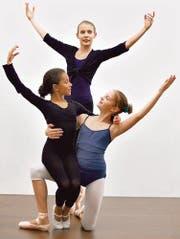 Ballettbegeistert (von links): Aaliyah Berner, Francine Hoenner, Nina Thür. (Bild: Max Tinner)