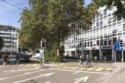 Hier sollen Ein- und Ausfahrt für die neue Parkgarage entstehen. (Bild: Urs Jaudas/Archiv)