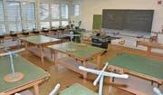 Der Werkraum im Schulhaus Blattacker wird zu einem Klassenzimmer umgebaut. Der neue Werkraum entsteht dort, wo heute die Schulküche ist. Diese wird zurückgebaut, weil sie nicht mehr benötigt wird. (Bild: Monika von der Linden)
