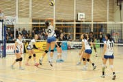 Volley Toggenburg gewinnt dank eines Steigerungslaufs in Neuenburg und verbessert sich in der Tabelle. (Bild: Reinhard Kolb)