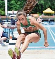Alina Tobler holte Gold im Drei- und Silber im Weitsprung. (Bild: Urs Siegwart)