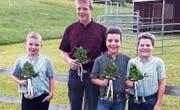 Der erfolgreiche Schwingernachwuchs (von links): Robin Walt, Gian Schmid, Sandro Eugster und Johannes Eggenberger. (Bild: pd)