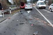 Beide Autos erlitten Totalschaden. (Bild: Kapo SG)