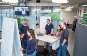 Gemeinsam entwickeln künftige Unternehmer Ideen und Projekte. Der Verein Startfeld unterstützt sie dabei. (Bild: Urs Bucher (St. Gallen, 25. Januar 2018)