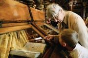 Legendär: Die Nibelungenhandschrift in der St. Galler Stiftsbibliothek. (Bild: Coralie Wenger)