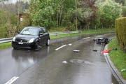 Der 68-jährige Rollerfahrer wurde schwer verletzt. (Bild: KAPO)