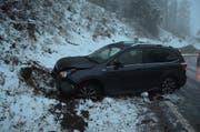 Das Auto erlitt beim Unfall einen Totalschaden. (Bild: Kapo SG)