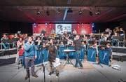 Die Polizeimusik am Donnerstagabend in der Olma-Halle 9.1.2 an der letzten Probe vor dem heutigen Konzert. (Bild: Urs Bucher)