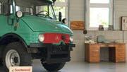 Zu ihrem 50-Jahr-Jubiläum zeigt die Jakob Gschwend AG morgen Autos und Mobiliar aus vergangenen Zeiten. (Bild: PD)