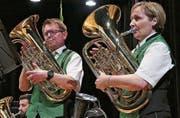 Esther und Walter Benz spielten ein herausragendes Duett mit dem Euphonium. (Bild: Ulrike Huber)