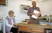 Irma Klauser und Robert Forrer sprachen über ihre Erlebnisse während des Zweiten Weltkriegs und zeigten damit ein Bild der Geschehnisse, wie es kaum bekannt ist. (Bild: Stefan Feuerstein)