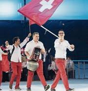 Metallbauer Michael Graf darf für das Schweizer Team die Kuhglocke tragen. (Bild: pd)