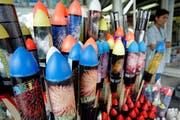 Nicht alle Raketen dürfen in die Schweiz eingeführt werden. (Bild: Keystone)